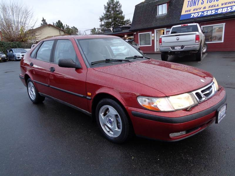 1999 SAAB 9-3 BASE 4DR TURBO HATCHBACK red low mileage new tires abs - 4-wheel antenna t