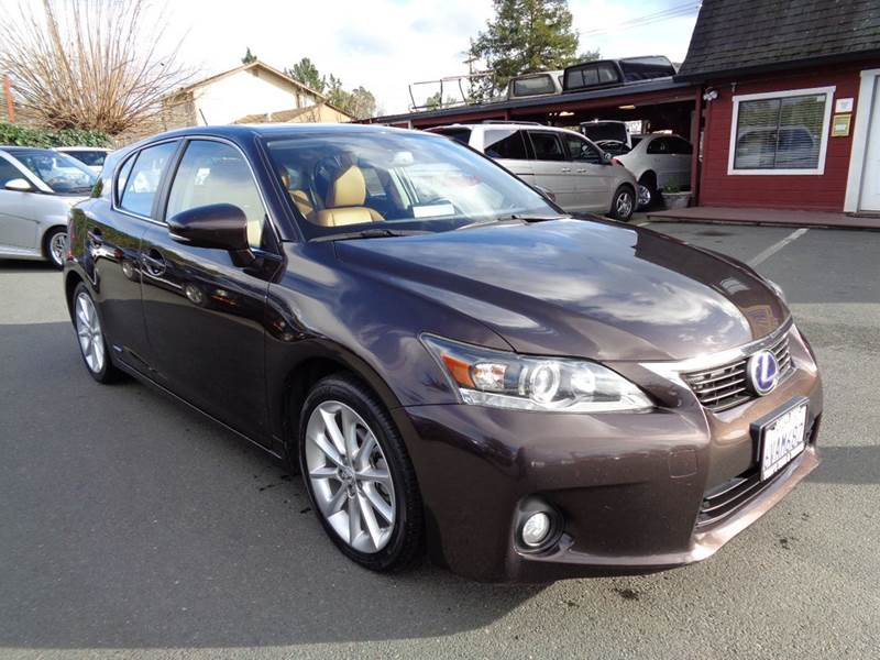 2012 LEXUS CT 200H PREMIUM 4DR HATCHBACK brown one owner vehicle new tires 2-stag