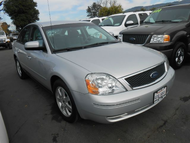 2005 FORD FIVE HUNDRED SE silver 4wdawdabs brakesair conditioningalloy wheelsamfm radioanti