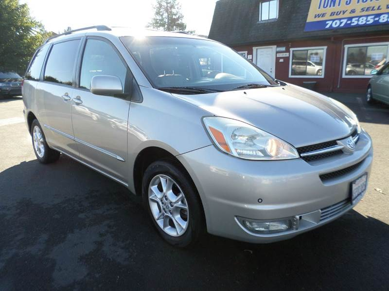 2005 TOYOTA SIENNA XLE LIMITED 7 PASSENGER AWD 4DR silver navigationdvd7 seater