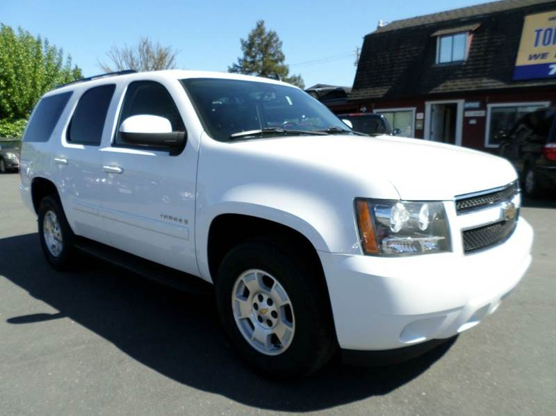 2008 CHEVROLET TAHOE LT 4X2 4DR SUV white 3rd row seating leather lt model navigation