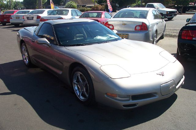 2001 CHEVROLET CORVETTE 2DR COUPE silver 18 inch wheels abs - 4-wheel alloy wheels anti-theft s