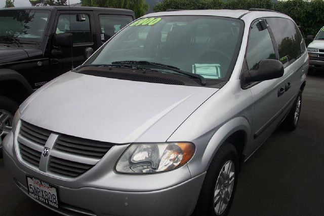 2005 DODGE GRAND CARAVAN SE silver 19 city 26 hwy abs brakesair conditioningamfm radioanti-bra
