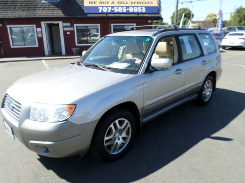2006 SUBARU FORESTER 25 X LLBEAN EDITION AWD 4DR W silver one owner vehicleawd clean