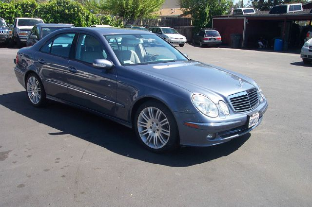 2006 MERCEDES-BENZ E-CLASS E350 blue abs brakesair conditioningalloy wheelsamfm radioanti-bra