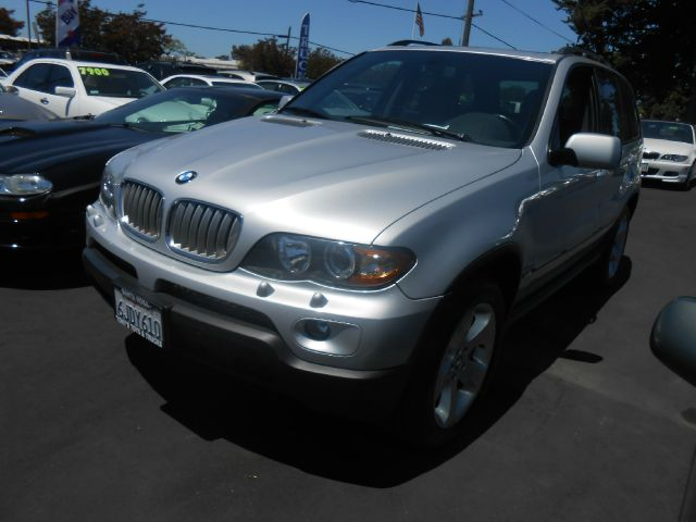 2006 BMW X5 44I silver 4wdawdabs brakesair conditioningalloy wheelsamfm radioanti-brake sy