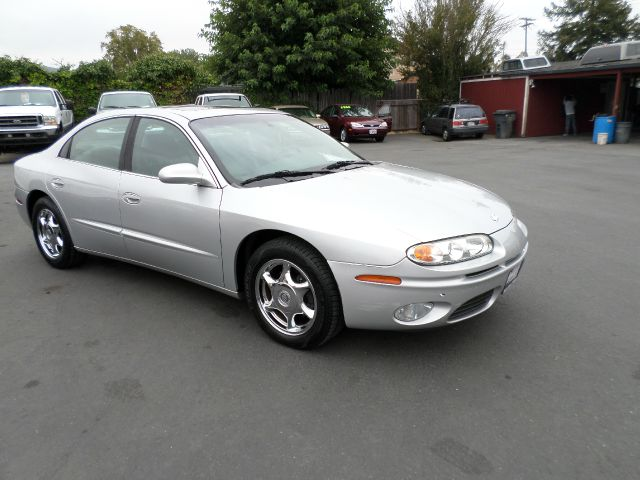 2002 OLDSMOBILE AURORA 40 4DR SEDAN silver clean carfax one owner low mileage vehicle abs