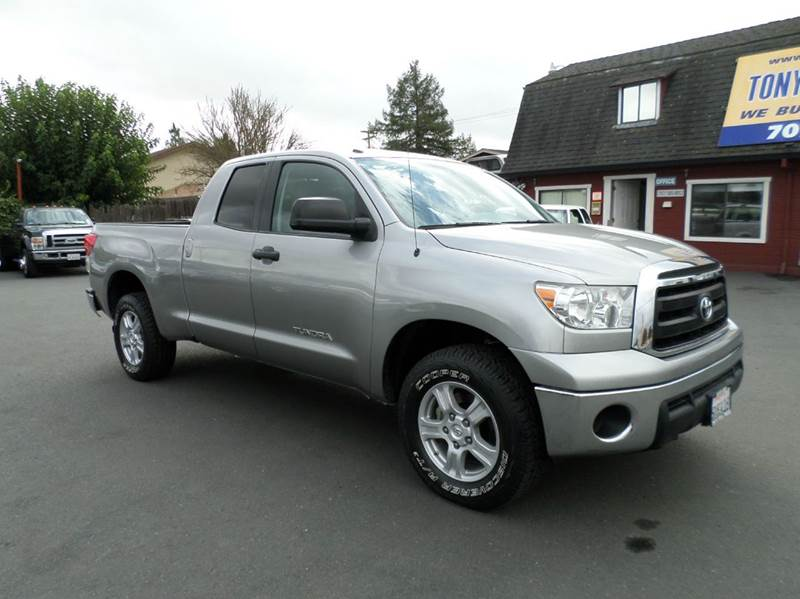 2010 TOYOTA TUNDRA GRADE 4X4 4DR DOUBLE CAB PICKUP silver one owner truck4wd new tires