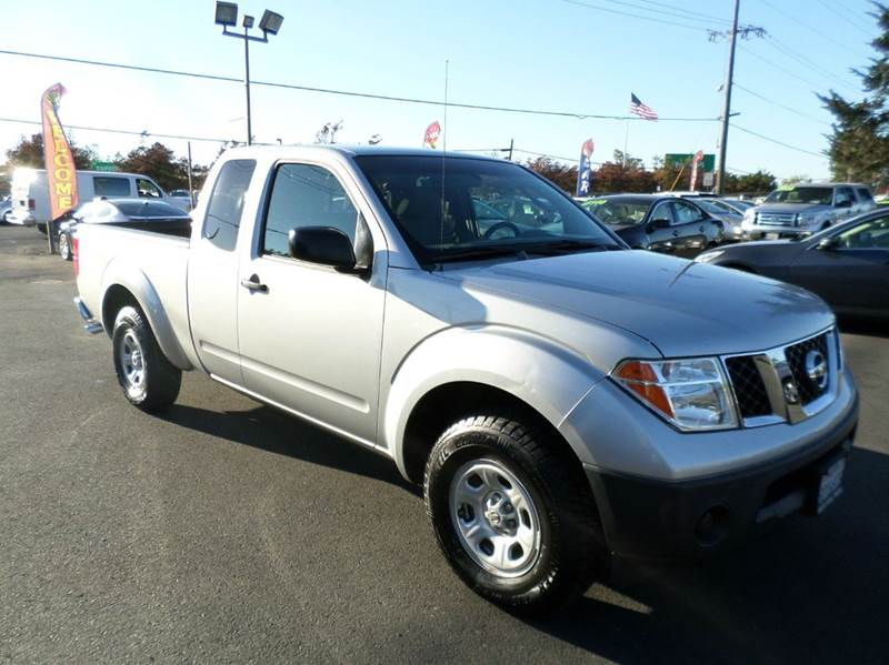 2006 NISSAN FRONTIER XE 4DR KING CAB SB WAUTOMATIC silver new tires one owner truck abs - 4