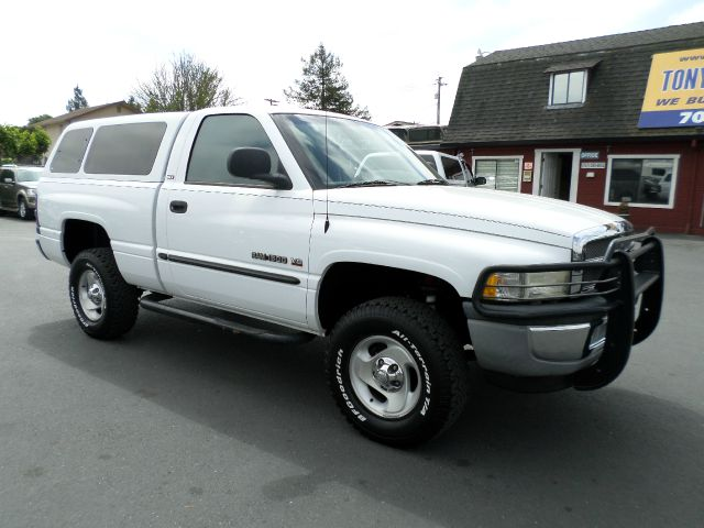 2000 DODGE RAM PICKUP 1500 SLT 2DR 4WD STANDARD CAB SB white abs - rear axle ratio - 355 bed l