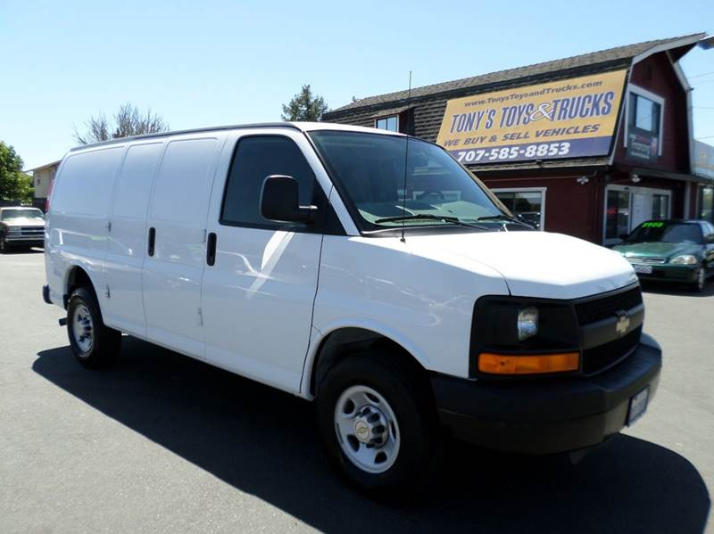 2011 CHEVROLET EXPRESS CARGO 2500 3DR CARGO VAN W 1WT white cargo vanretails for over