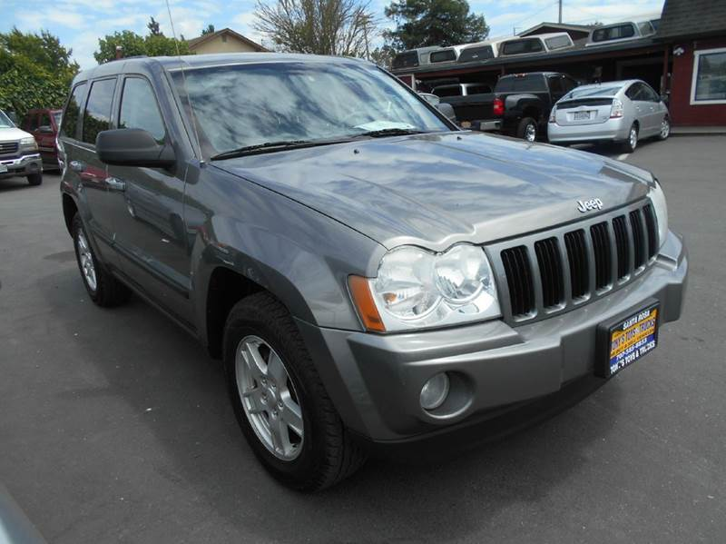 2007 JEEP GRAND CHEROKEE LAREDO 4DR SUV 4WD gray 2-stage unlocking doors 4wd type - full time a