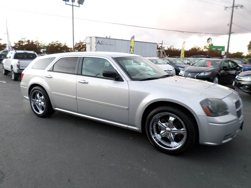 2005 DODGE MAGNUM SE 4DR WAGON silver 4-wheel abs center console - front console with storage c