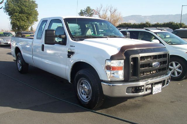 2010 FORD F250 XL SUPERCAB LONG BED 2WD white hydraulic liftgate1 owner abs brakesair conditioni