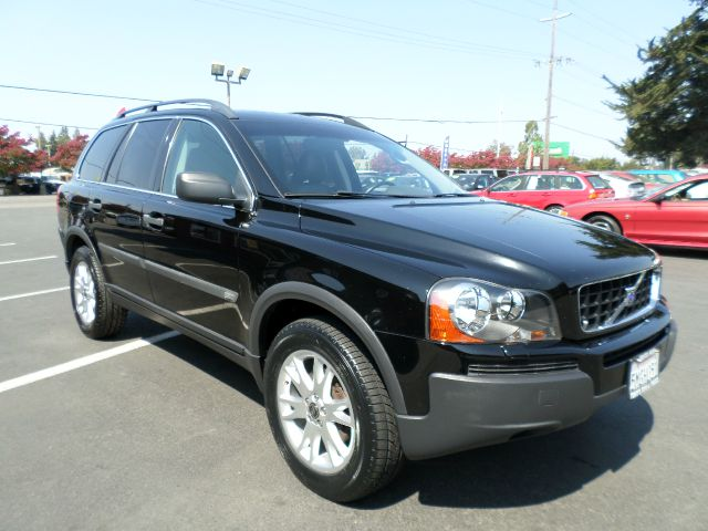 2005 VOLVO XC90 25T AWD 4DR SUV black timing belt done at 107970  abs - 4-wheel anti-theft syst