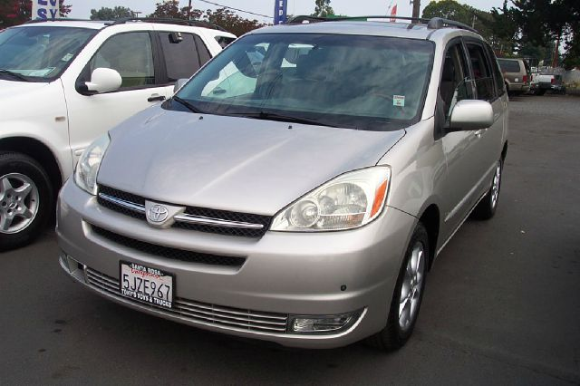 2004 TOYOTA SIENNA XLE LIMITED 7 PASSENGER AWD 4DR silver abs - 4-wheel alloy wheels anti-theft
