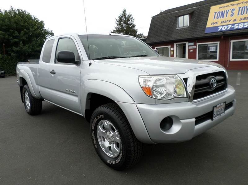 2007 TOYOTA TACOMA BASE 4DR ACCESS CAB 4WD 61 FT silver 5sp4x4 new tires 4w