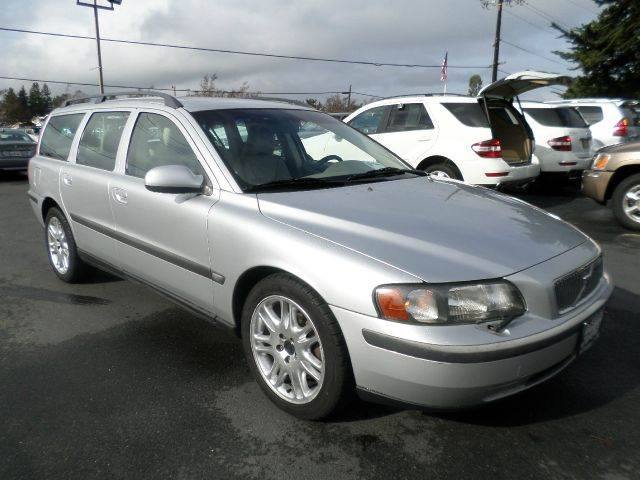 2002 VOLVO V70 24T 4DR WAGON silver abs - 4-wheel anti-theft system - alarm cassette center c