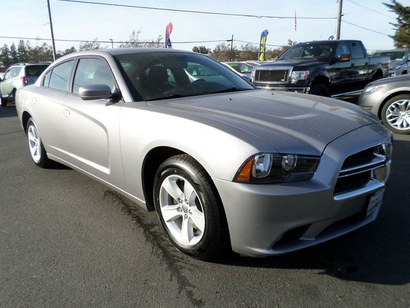 2014 DODGE CHARGER SXT 4DR SEDAN silver one owner vehicle new tires 2-stage unlocking