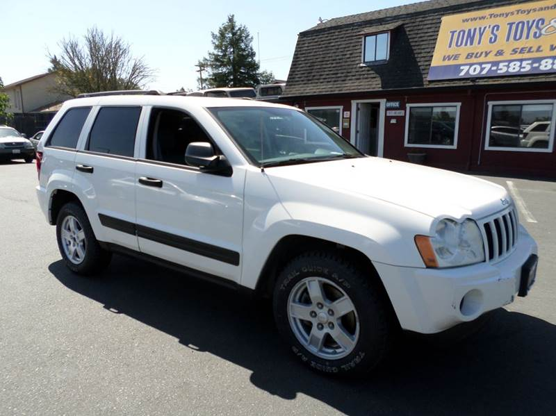 2005 JEEP GRAND CHEROKEE LAREDO 4DR 4WD SUV white one owner suv new tires 4x4 4wd typ