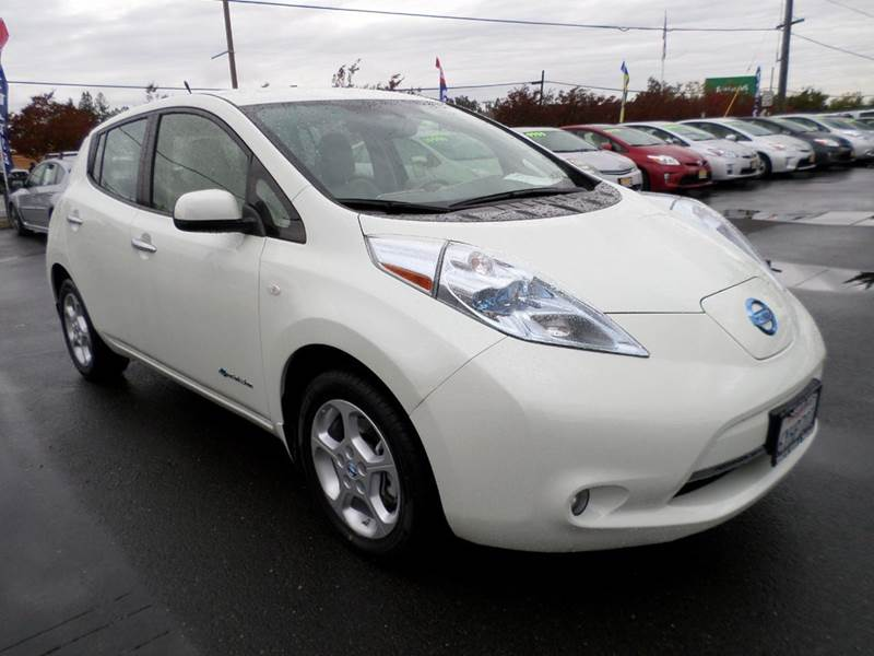 2012 NISSAN LEAF SL 4DR HATCHBACK white new tiresone owner vehicle only 21528 miles