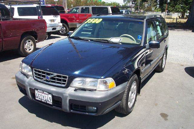 2000 VOLVO V70 XC AWD 4DR TURBO WAGON black 15 inch wheels abs - 4-wheel alloy wheels anti-thef