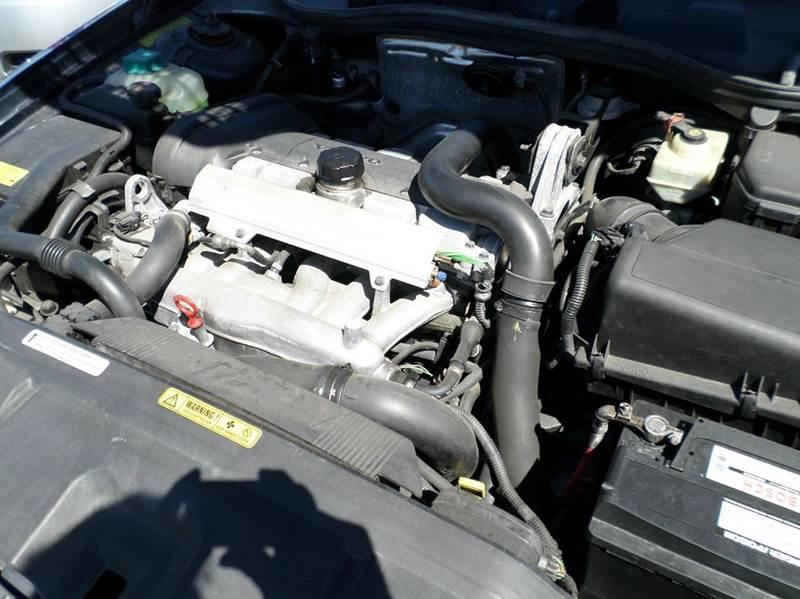 2000 VOLVO V70 XC AWD 4DR TURBO WAGON