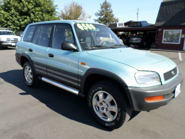 1997 TOYOTA RAV4 BASE 4DR STD SUV unspecified front airbags - dual front seat type - bucket fron
