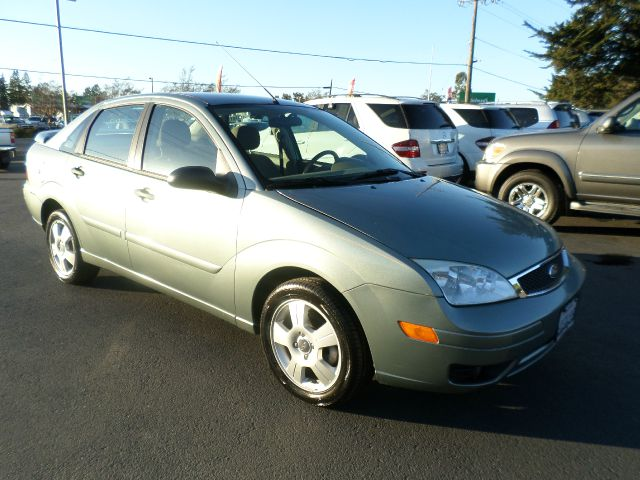2006 FORD FOCUS ZX4 SES 4DR SEDAN lt green 4-speed automatic transmission air filtration airbag