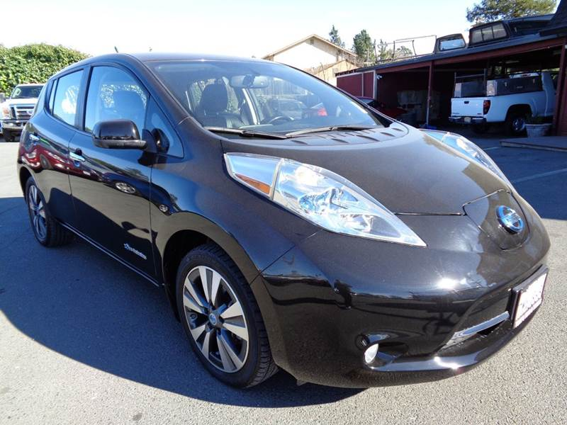 2013 NISSAN LEAF SL 4DR HATCHBACK black leather abs - 4-wheel active head restraints - dual