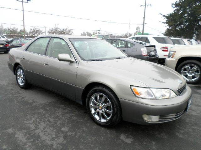 1999 LEXUS ES 300 BASE 4DR STD SEDAN champagne abs - 4-wheel anti-theft system - alarm cassette