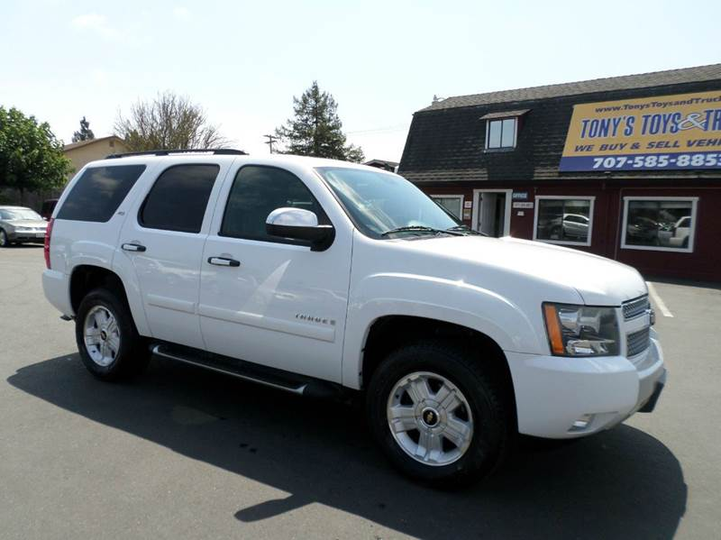 2008 CHEVROLET TAHOE LT 4X4 4DR SUV white one owner vehicle new tires   z71 lt package