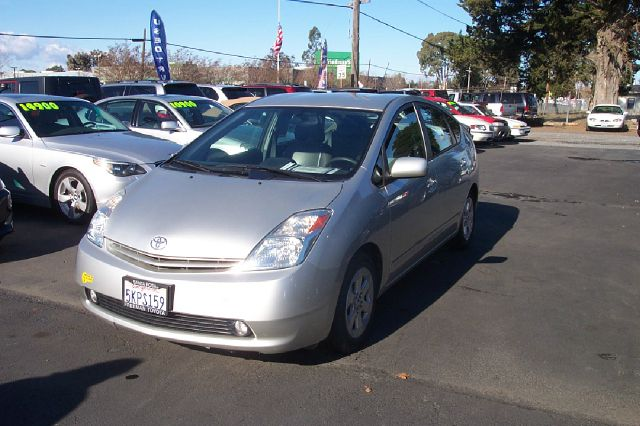 2005 TOYOTA PRIUS 4-DOOR LIFTBACK unspecified low miles abs brakesair conditioningalloy wheelsa