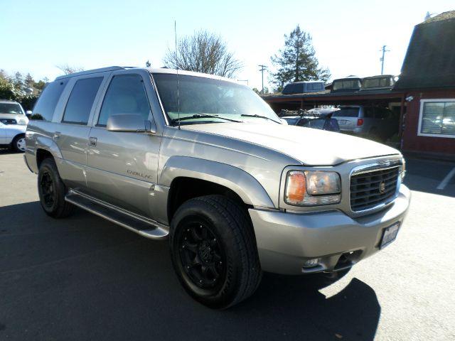 2000 CADILLAC ESCALADE BASE 4DR STD 4WD SUV gold abs - 4-wheel anti-theft system - alarm axle ra