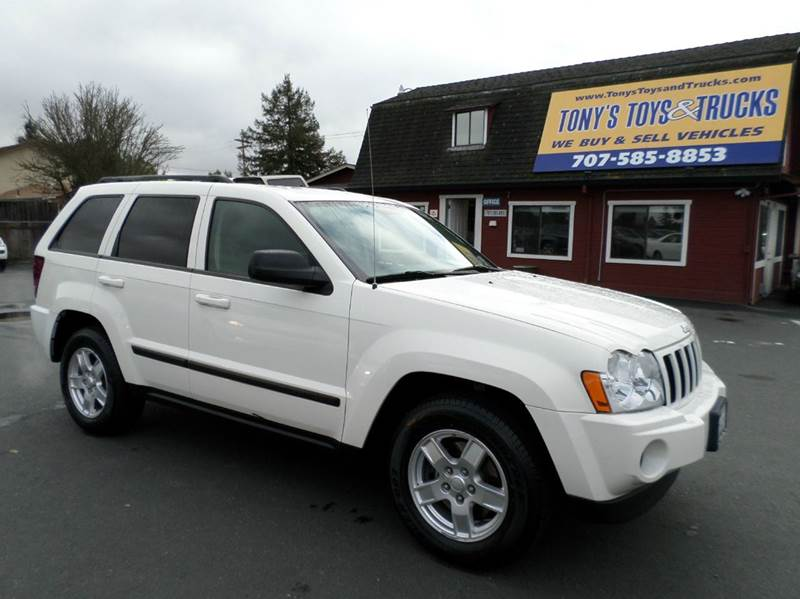 2007 JEEP GRAND CHEROKEE LAREDO 4DR SUV 4WD white 2-stage unlocking - remote 4wd type - full tim