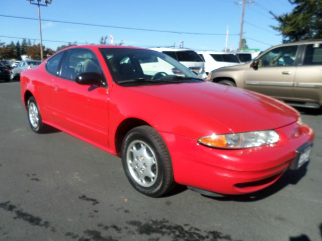 2000 OLDSMOBILE ALERO GX 2DR COUPE red 4-speed automatic transmission center console daytime run
