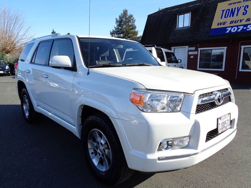 2013 TOYOTA 4RUNNER SR5 4X2 4DR SUV white 2-stage unlocking doors abs - 4-wheel active head rest