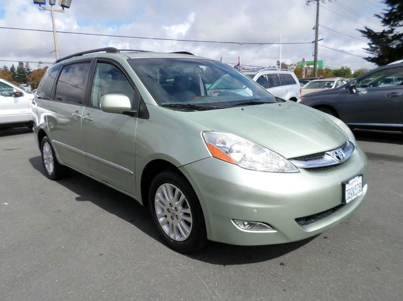 2007 TOYOTA SIENNA XLE LIMITED 7 PASSENGER AWD 4DR lt green captain chairs 7 passanger