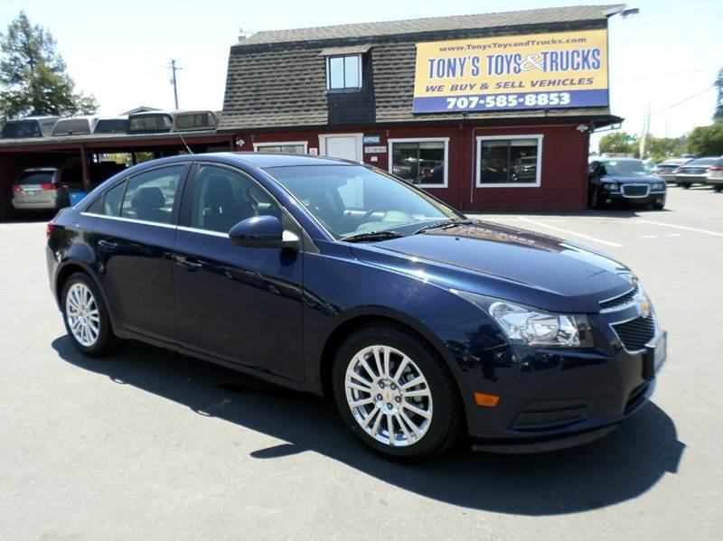 2011 CHEVROLET CRUZE ECO 4DR SEDAN 6 speed manual  28 city 42 hwy 2-stage unlocking - remote abs