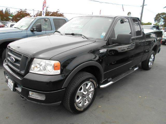 2005 FORD F-150 FX4 4DR SUPERCAB 4WD STYLESIDE 6 black really clean truck 18 inch wheels ab