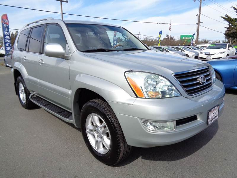 2004 LEXUS GX 470 BASE 4WD 4DR SUV silver new tires water pump and timing belt done already