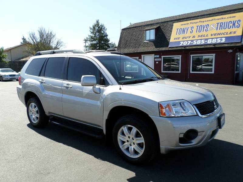 2011 MITSUBISHI ENDEAVOR LS AWD 4DR SUV silver awd suv 2-stage unlocking doors 4wd type -