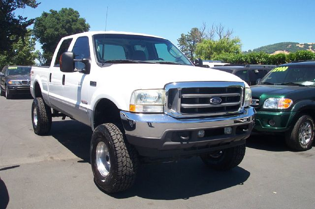 2003 FORD F-250 XLT 4DR CREW CAB 4WD LB unspecified one owner clean carfax 16 inch wheels abs - 4