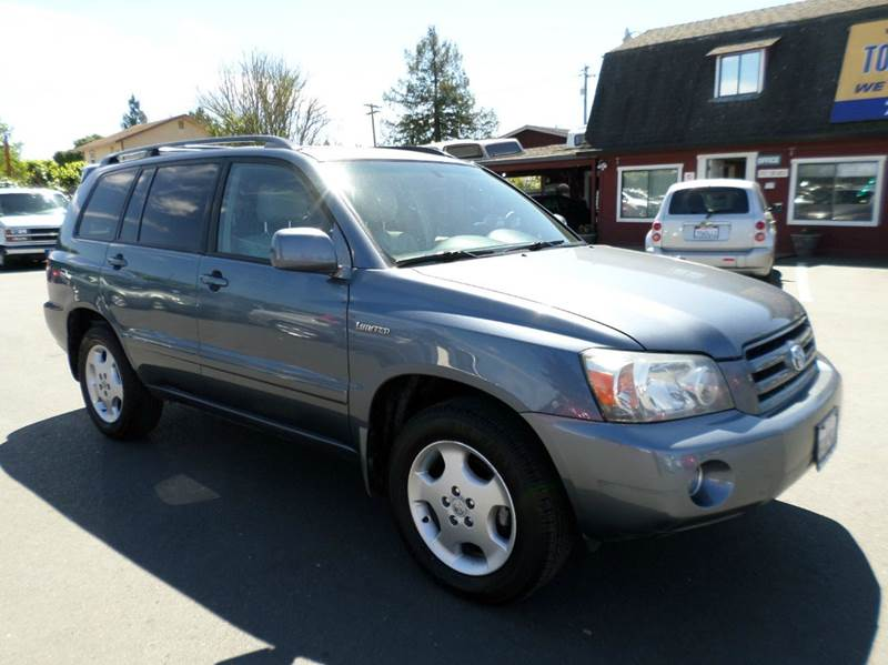 2004 TOYOTA HIGHLANDER LIMITED AWD 4DR SUV W3RD ROW blue limited  one owner vehicle