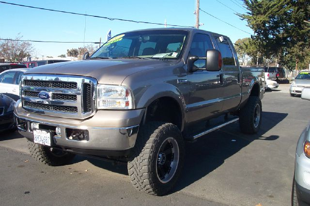 2007 FORD F250 LARIAT CREW CAB LONG BED 4WD