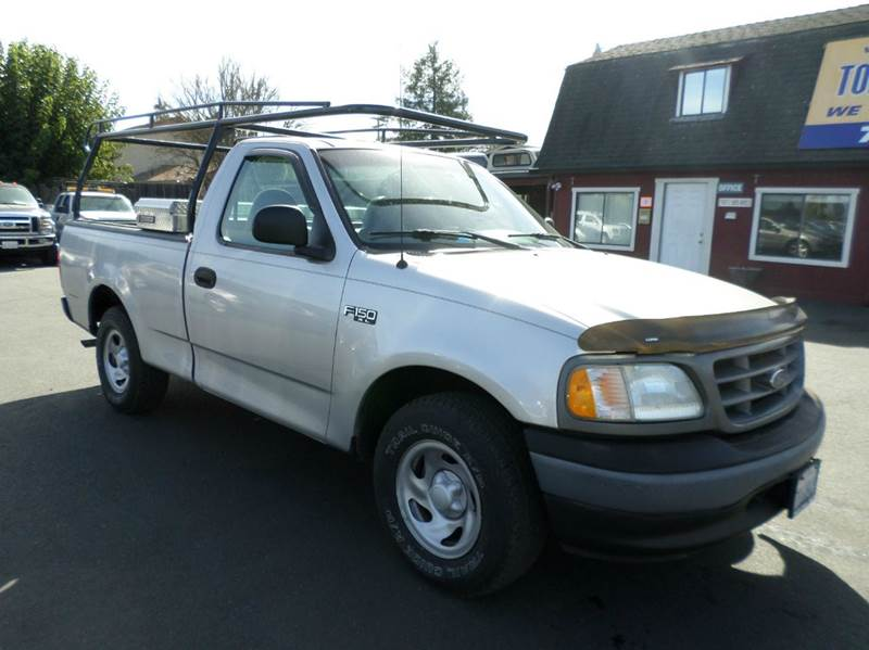 2003 FORD F-150 XL 2DR STANDARD CAB RWD STYLESID silver new tires 5sp manual abs - 4-whee