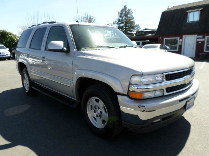 2005 CHEVROLET TAHOE LT 4DR SUV charcoal new tires3rd row seating leather abs - 4-wheel