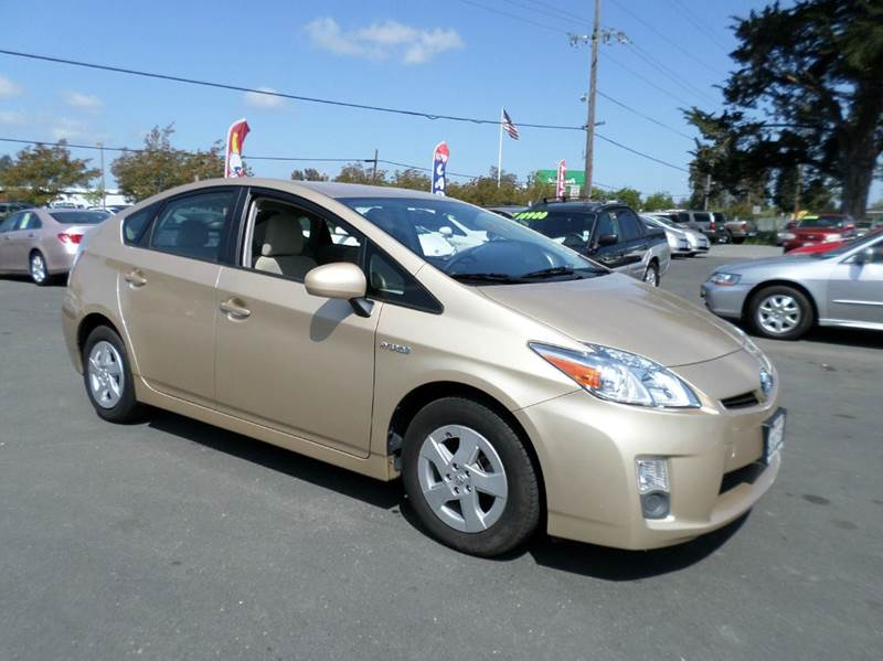 2010 TOYOTA PRIUS I 4DR HATCHBACK gold one owner vehicle lots of serive records on car fax