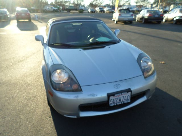 2001 TOYOTA MR2 SPYDER BASE 2DR CONVERTIBLE timing belt done at 82288 miles abs - 4-wheel casset