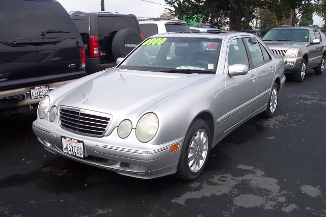 2002 MERCEDES-BENZ E-CLASS E320 silver 20 city 28 hwy abs brakesair conditioningalloy wheelsam